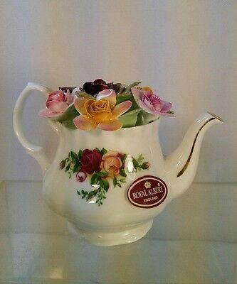RARE Vtg 1962 Royal Albert England BONE CHINA Teapot OLD COUNTRY ROSES Miniature