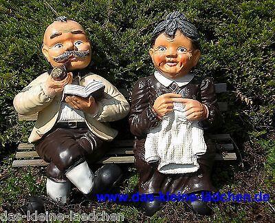 Dekofigur Oma und Opa 68cm sitzend auf der Bank wetterfest ()