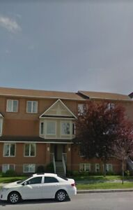 2 Bedroom, 3 bathroom, Upper Unit Terrace Home with 2 Parking...