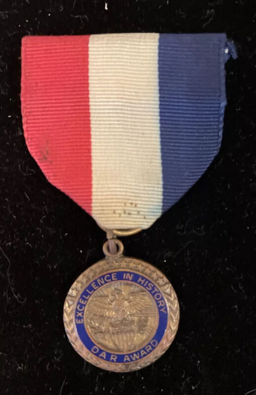 Vintage DAR Daughters of the American Revolution Ribbon Bronze Medal, Used