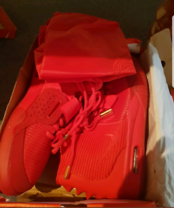 AIR YEEZY 2 SP RED OCTOBER
