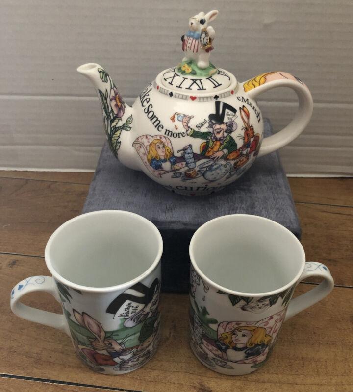 Disney Alice in Wonderland Paul Cardew Teapot & Cups Mad Hatter