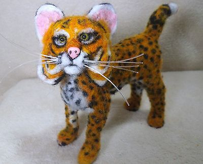 OOAK needle felted artist handcraft / handmade cat bobcat wildlife