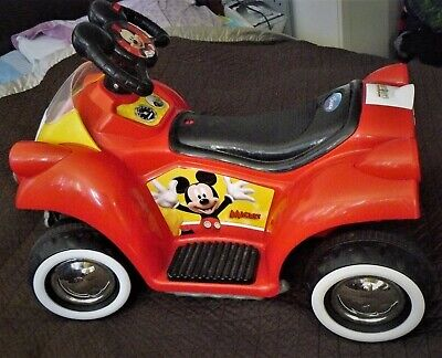 Kid Trax Disney Mickey Mouse Hot Rod Quad 6V Battery-Powered Ride-On Toy (Mickey Mouse Battery Powered Ride On Toy)