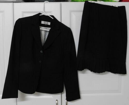 Black TAHARI pleated hem skirt suit size 6P