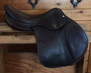 ANTARES CLASSIQUE JUMP SADDLE FOR SALE