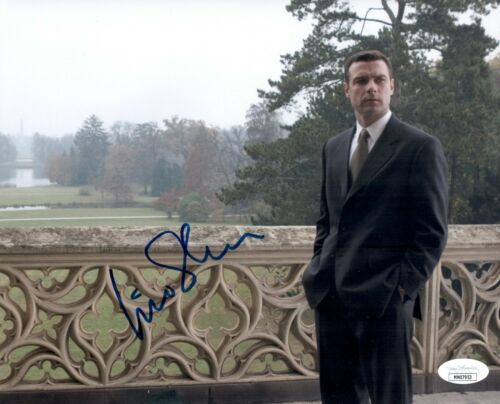 LIEV SCHREIBER Signed THE OMEN 8x10 Photo Autograph JSA COA