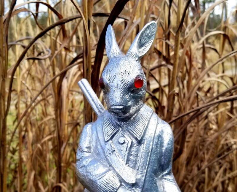 Vintage 1978 Arthur Court Rare Hunting Rabbit Coat/Whip Hook Dark Red Glass Eyes