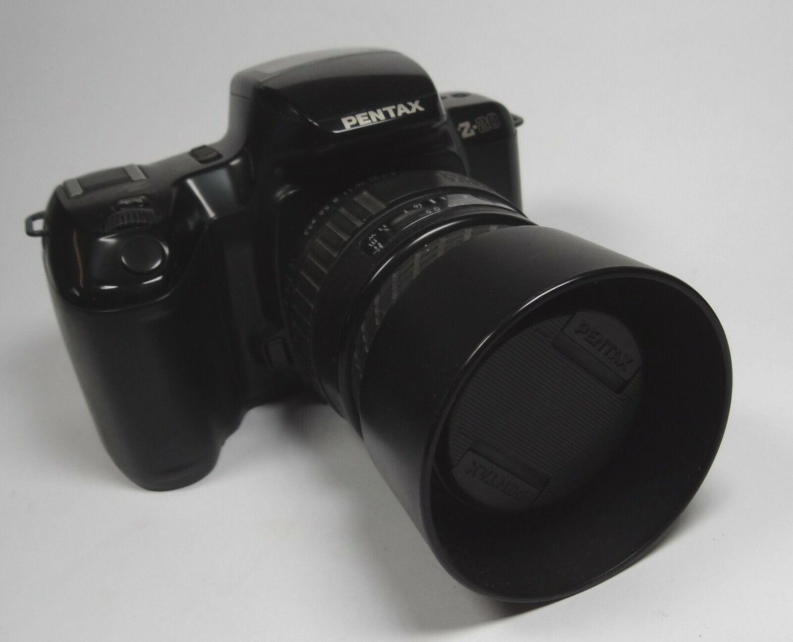Pentax Z-20 Spiegelreflexkamera mit Sigma-UC Zoom 28-70mm,1-3,5-4.5  (CH54)
