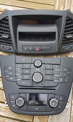 Vauxhall Insignia CD300 Radio CD Player Stereo + Screen