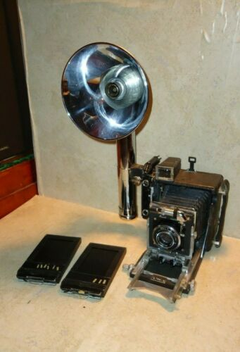~Busch Pressman Camera Model C ~f 4.5 101mm Rapax Lens Heiland Synchronar Flash~