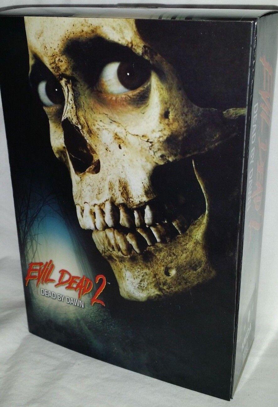 """Evil Dead 2 Dead By Dawn ASH WILLIAMS 7"""" Scale Ultimate Acti"""