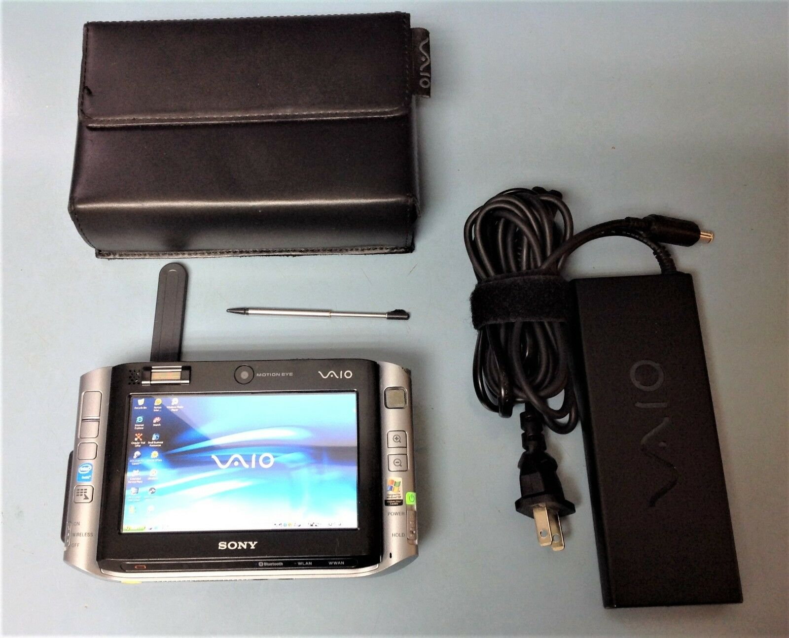 Sony VAIO UX Micro PC VGN-UX280P 4.5in. 30GB, Intel Core Solo, 1.2GHz, 1GB RAM