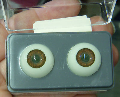 - GLASTIC Realistic DOLL EYES - 18 mm - HAZEL - Unusual Color!  - NIP