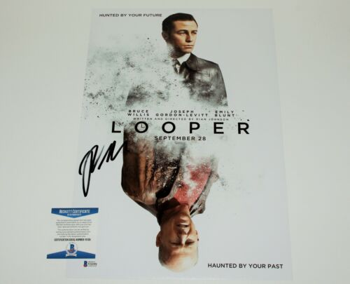 DIRECTOR RIAN JOHNSON SIGNED 'LOOPER' 12x18 MOVIE POSTER BECKETT COA KNIVES OUT