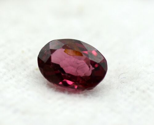 Red Color Natural Pyrope Garnet Loose Oval Shape 0.84 Ct Certified Gemstone