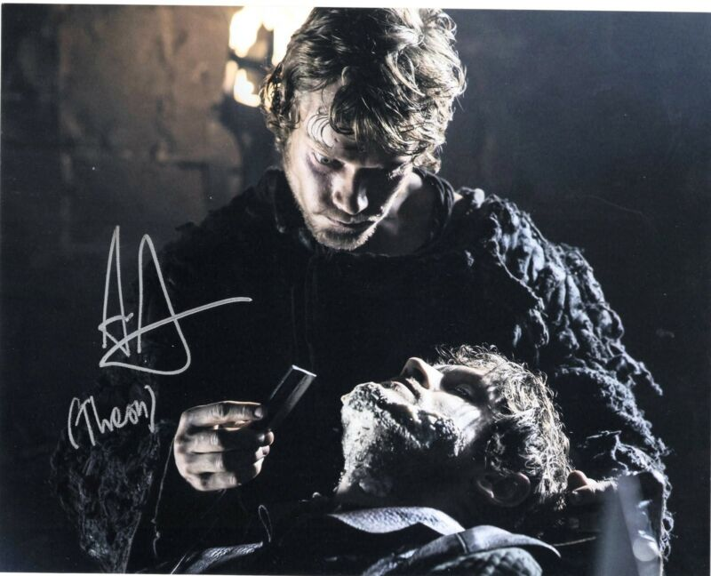 Alfie Allen signed Game of Thrones 8x10 Photo w/COA Theon Greyjoy #3
