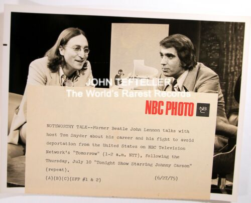 ORIGINAL 1975 Candid Photo John Lennon with Tom Snyder with Snipe Beatles / Rock
