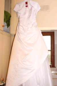 Wedding Dress with all accessories REDUCED Hampstead Gardens Port Adelaide Area Preview