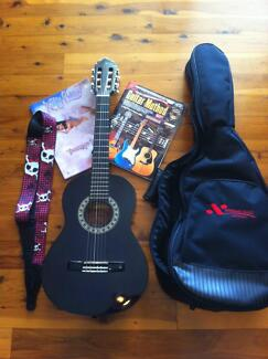 1/2 Size Classical Accoustic Guitar Albany Creek Brisbane North East Preview