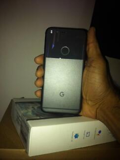Google pixel 128 gb Quiet Black Just like brand new (I mean it).