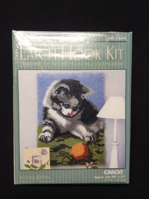 "NEW Caron Latch Hook Kit PLAYFUL KITTEN 20"" X 27"" Sealed NATURA Hook Rug Kit"