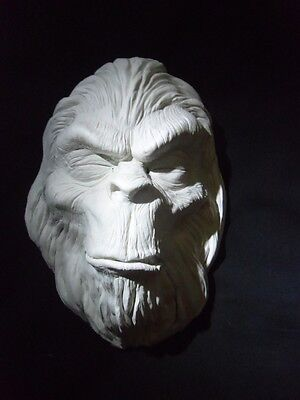 BIGFOOT DEATH MASK replica horror LIFE SIZED CLASSIC SIDESHOW GAFF FILM PROP