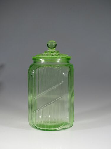 Vintage Hocking Glass Company Ribbed Large Green Kitchen Canister #1 c.1930