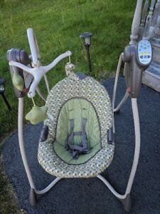 Selling Musical Bouncy chairs and bassinet for cheap!!