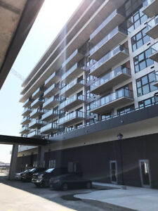 **Discover the Waterview Condo Life.** 560N707