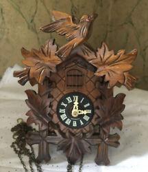 Schwarzwalder Vintage German Black Forest Cuckoo Clock BEAUTIFUL!!!