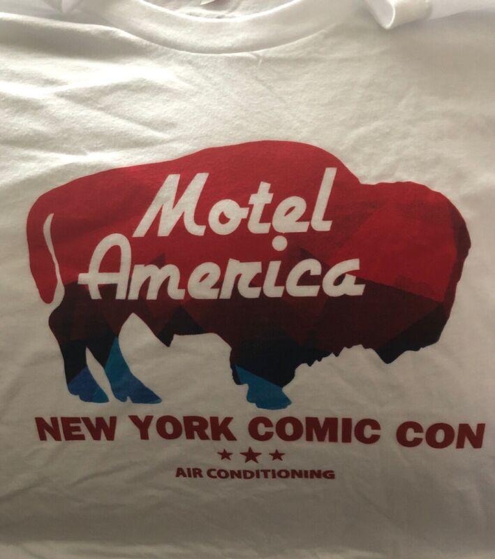 'American Gods' New York Comic Con T-Shirt - XL
