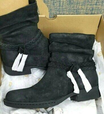 Born Womens Ouvea Leather Closed Toe Ankle Fashion Boots,Black, S 6.5 F53903 NIB