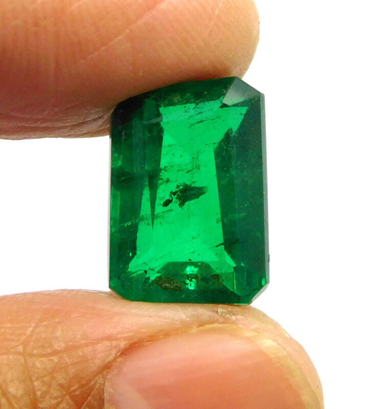 6.88 Cts. Faceted Green Emerald Simulant Loose Gemstone RM18876