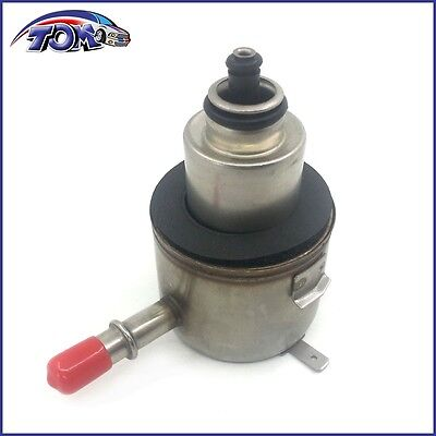 Fuel Injection Pressure Regulator For 97-01 Plymouth Dodge Neon
