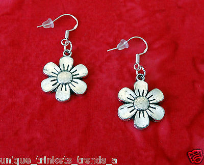 VINTAGE STYLE FLOWER SILVER DANGLE EARRINGS~MOTHERS DAY GIFT~925 STERLING HOOK