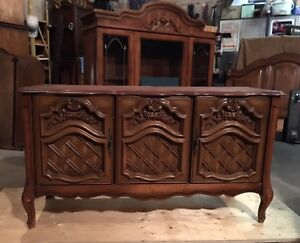 Vintage Wooden French Provincial buffet/hutch