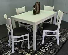 BEAUITIFUL BARGAIN BRAND NEW IN BOX,,VERY SOLID 5 PC DINING SET Chipping Norton Liverpool Area Preview