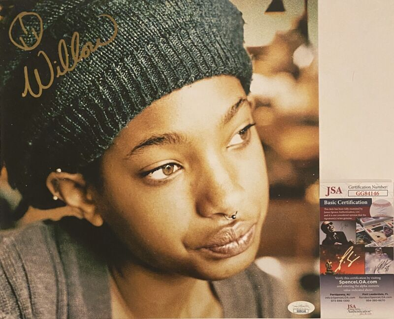 """Willow Smith Signed Autographed Vinyl Size """"The 1st"""" Album Photo MSFTS JSA COA"""