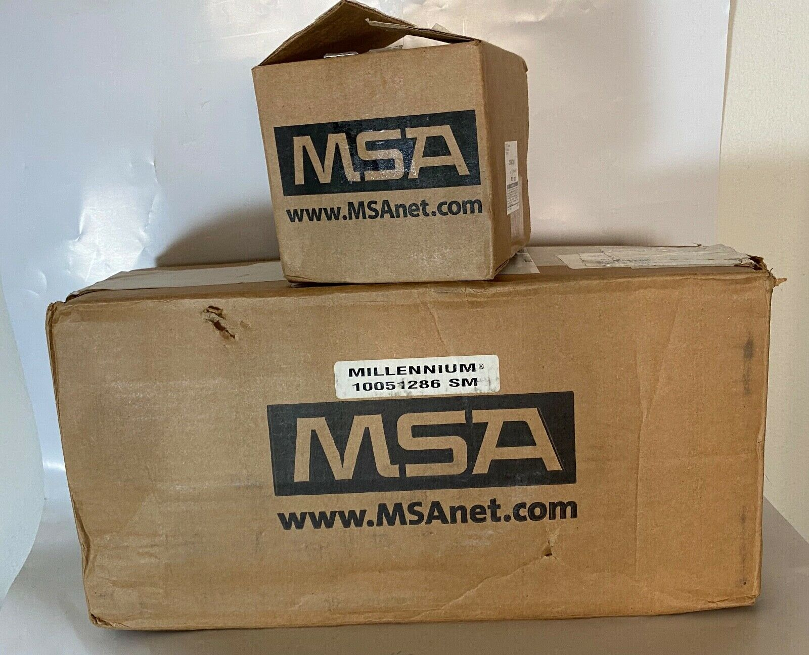 MSA Millennium CBRN Gas Mask 10051287  Size Medium with cani