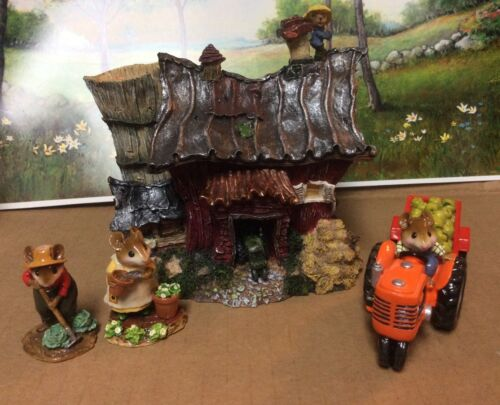 Barn Display Excellent for Wee Forest Folk WFF not included