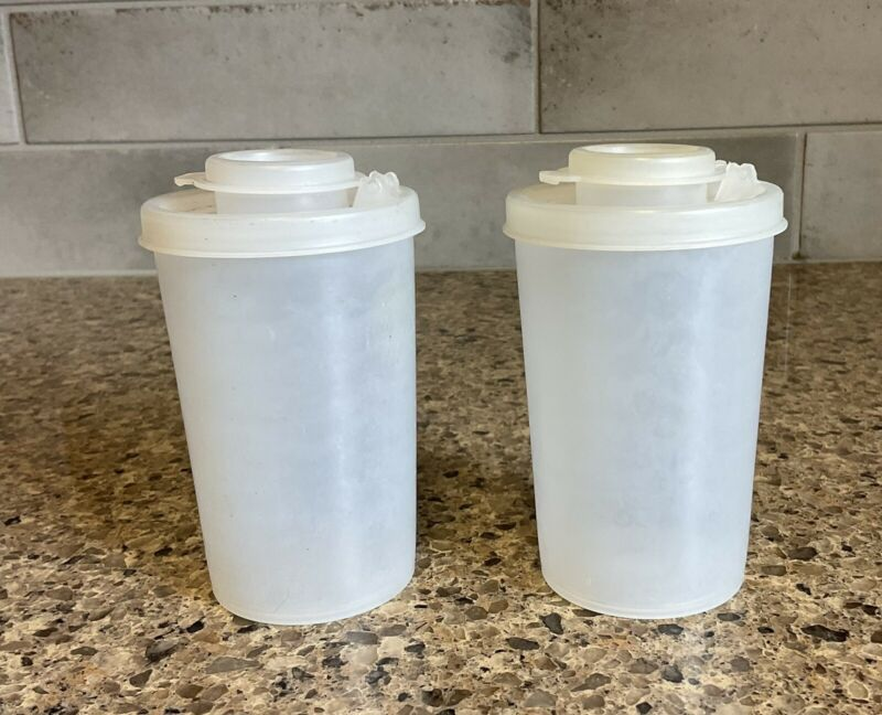 Vintage Tupperware Salt Pepper Shakers Spice Clear  #102 with Lids Orlando FL