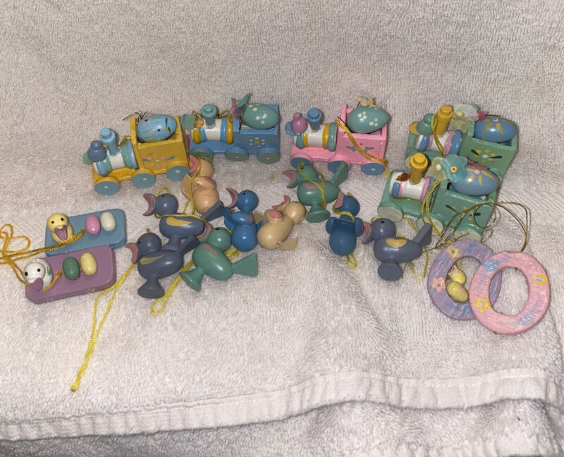 Lot of 18 Small Wooden Hand Painted Easter Egg Ornament Decorations