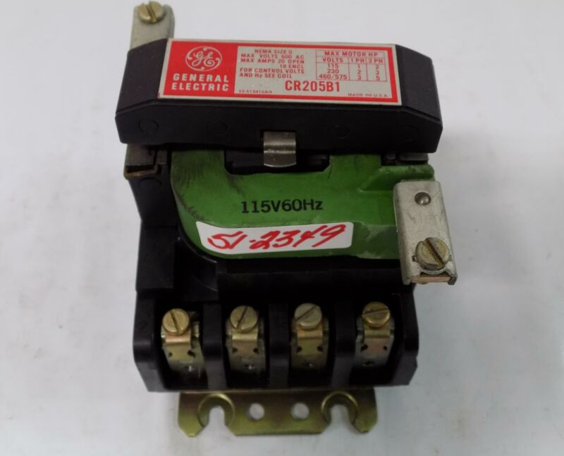 GENERAL ELECTRIC SIZE 0 600 VOLT AC CONTACTOR  CR205B1