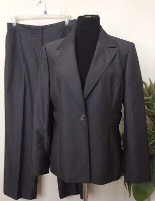 Kasper Women's Career Gray Stripe 100% Polyester 2 Piece Pant Suit Size 12 EUC.