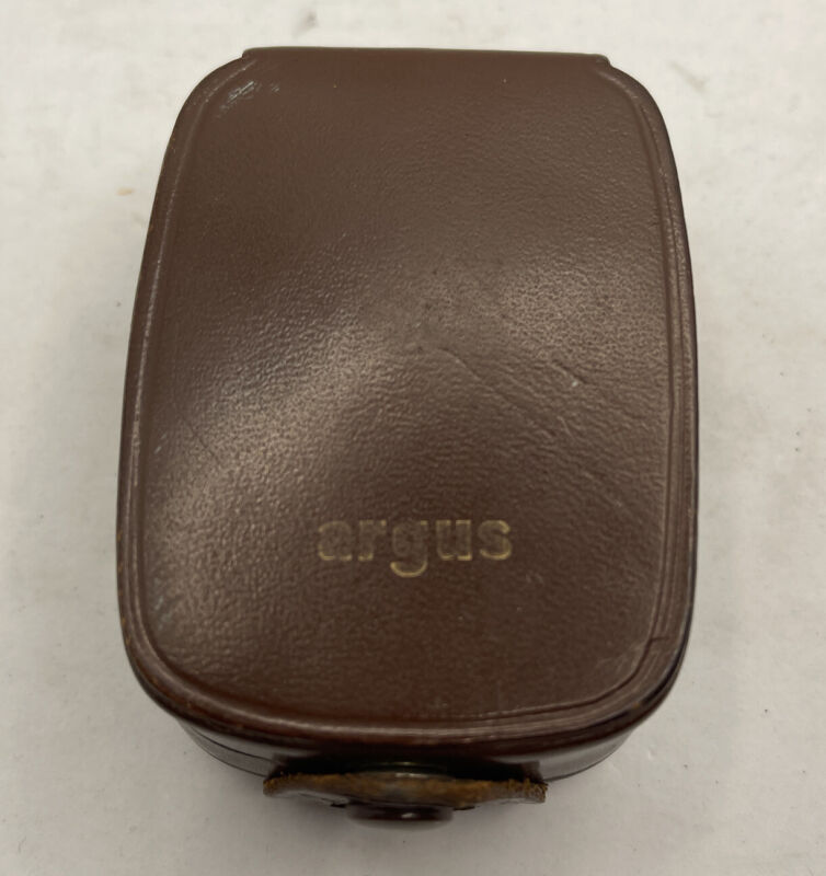 Vintage ARGUS L3 LIGHT EXPOSURE METER in leather case and Book UNTESTED