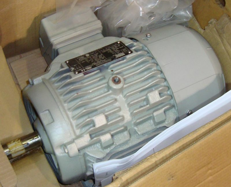 New Siemens Electric Motor 2 HP 1180 RPM 9219LR