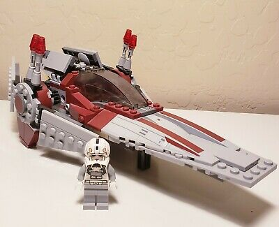 LEGO Star Wars V-wing Starfighter #75039 SHIP 100% COMPLETE PILOT ONLY