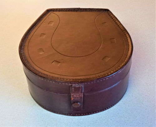 Vintage Antique Men's Leather Collar Box with 2 Collars - NICE