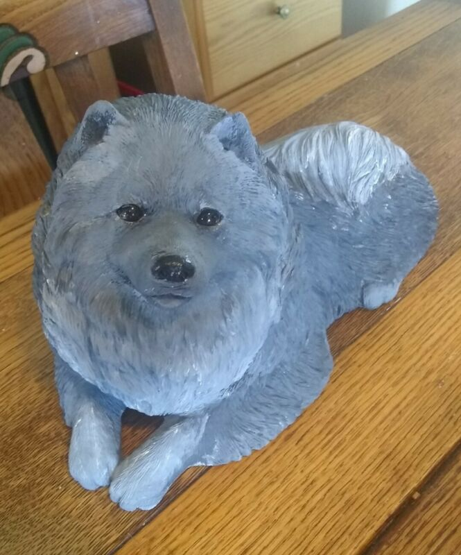 Sandicast Dog Figurine ~ Keeshond #134 with Tag